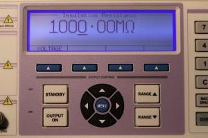 Wzorcowanie mierników - wielofunkcyjny kalibrator testerów instalacji elektrycznych/bezpieczeństwa sprzętu elektrycznego